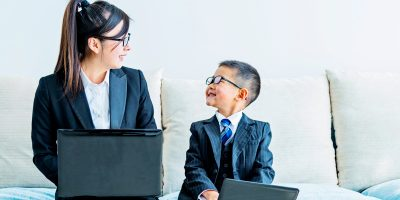 """""""I'm Pretending to Be You!"""" How Your Child Learns Roles with Pretend Play"""