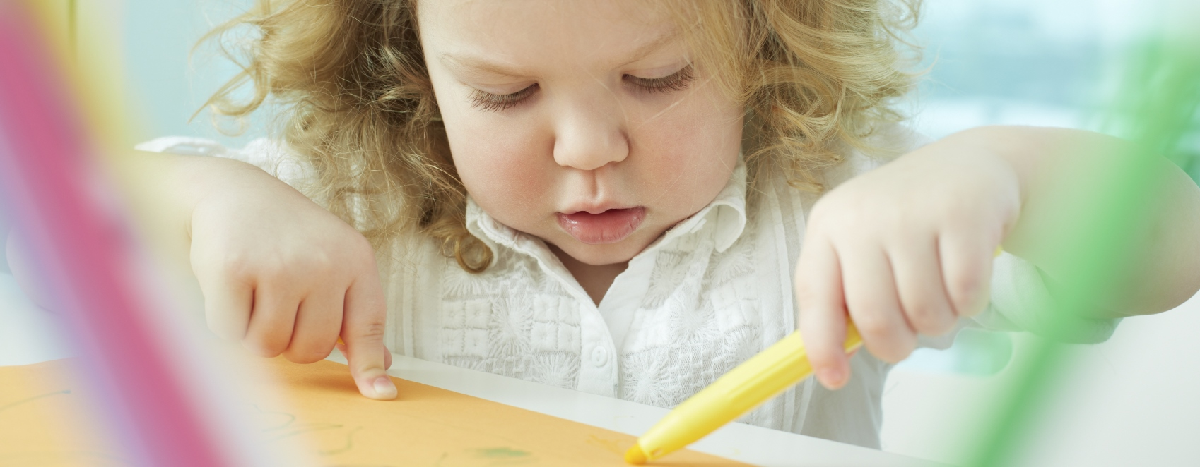 The Benefits of Art in the Toddler Years}